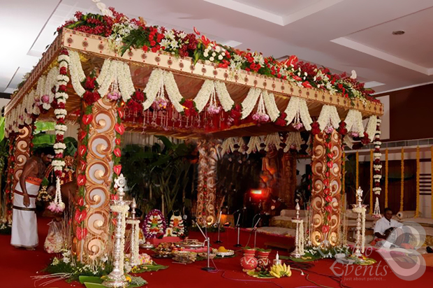 Colorful flower wedding reception manavarai decoration chennai junglespirit Choice Image